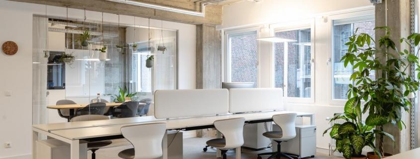 Freie Arbeitsplätze im Coworking Space